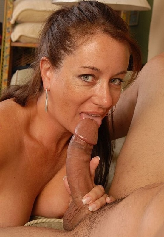 old spunkers nasty mom